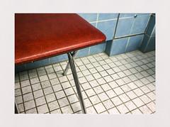 bath#2 (seba0815) Tags: nokialumia1020 bathroom bath color indoor stool red blue white vintage seba0815 mobile cellphone smartphone phonecamera