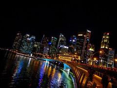 Singapore @Night ( #Singapore #Nightshot #Marinabay ) (speedflash.ch) Tags: brigde nightshot marinabay singapore