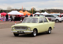 LSL 911 (2) (Nivek.Old.Gold) Tags: 1965 ford zephyr mk3 4999cc