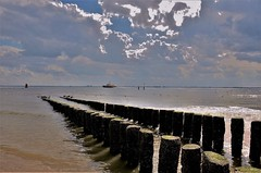 Vlissingen bewolkt (Omroep Zeeland) Tags: vlissingen strand pilot westerschelde