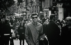 Glasgow cool (Andrew Euan (IG: dreweuan)) Tags: boy bw film nikon superia glasgow fujifilm nikkormat 200mm ft2