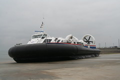 hovercraft (rydehover) Tags: hovercraft bht130 hovertravel solentexpress