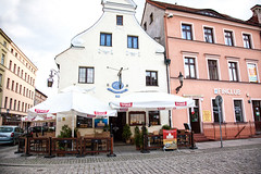 Restaurant _6257- (hkoons) Tags: houses food house color home architecture dinner buildings restaurant living town cafe community country nation structures poland diner polish structure eat hues commercial tables dining poles supper dine residence eats population multicolored habitat twostory residential unescoworldheritage easterneurope tenement multistory abode residences toru torn kuyavianpomeranianvoivodeship toruvoivodeship