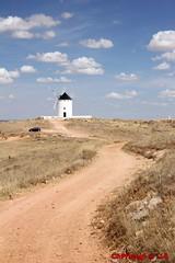 IMG_4936 (Pfluegl) Tags: wallpaper windmill de spain viento molino espana spanien hintergrund pfluegl windmhle windmuehle herencia pflgl chpfluegl chpflgl pflueglchpflgl