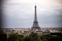 Apariciones de La Torre (GeorgeShell) Tags: paris france tower europe torre eiffel francia pars