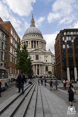 St Paul's Cathedral (andrea.prave) Tags: uk england london thames cathedral kathedrale catedral southbank cathédrale londres stpaulscathedral saintpaul londra sanpaolo kathedraal inghilterra tamigi cattedrale собор ロンドン visitlondon 伦敦 лондон 大教堂 لندن 大聖堂 londonpass