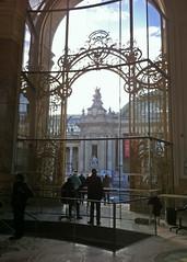 2014.10.30.18 PARIS - Petit Palais - Vue sur le Grand Palais (alainmichot93 (Bonjour  tous)) Tags: paris france seine architecture 75 iledefrance 2014 grandpalais petitpalais xixmesicle paris8mearrondissement