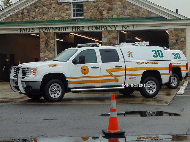 fire pennsylvania chief falls deputy company volunteer suv command firefighters gmc township 3500 battalion fallsington