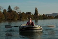 Schlauchboot Sevylor Supercaravelle XR86GTX ( Super - Caravelle - Gummiboot ) auf dem Rhein ( Hochrhein - Fluss - River ) zwischen W.ehr A.ugst - W.hylen und W.ehr B.irsfelden im Kanton Basel Landschaft in der Schweiz (chrchr_75) Tags: chriguhurnibluemailch christoph hurni schweiz suisse switzerland svizzera suissa swiss chrchr chrchr75 chrigu chriguhurni 1410 oktober 2014 albumzzzz141019rheinrheinfeldenbirsfelden hurni141019 oktober2014 gummiboot gummiboote schlauchboot schlauchboote boot jolle dinghy boat jolla canot ディンギー sloep bote albumschlauchbootegummibooteunterwegsinderschweiz böötle sevylor super caravelle supercaravelle xr86gtx rhein rhin reno rijn rhenus rhine rin strom europa albumrhein fluss river joki rivière fiume 川 rivier rzeka rio flod río