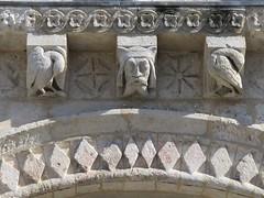 Eglise Saint-Jean-d'Etampes (façade XIe), La Brède (33) (Yvette G.) Tags: 33 église xie aquitaine gironde artroman modillon labrède églisesaintjeandétampes