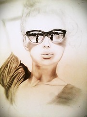Kommen jetzt.. (francescocarandente) Tags: shadow portrait beach girl beautiful painting glasses model perfect paint dreaming fc matita realistic staedtler jetzt kommen bocash
