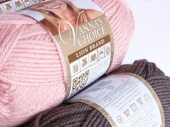 Vanna's Choice (IFeelCook) Tags: lana yarn lionbrand yarnshop acrylicyarn vannaschoice deramores tiendadelanas dndecomprarlanaslionbrand