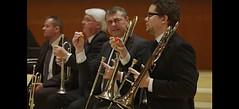 Músicos daneses comen chile habanero antes de hacer sonar su orquesta (Video) (conectaabogados) Tags: antes chile comen daneses habanero hacer músicos orquesta sonar video