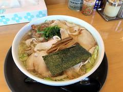 らーめんヒグマ 長岡店 しおチャーシュー (shimashimaneko) Tags: food ラーメン ramen 新潟 niigta 長岡 nagaoka 日本 japan しお