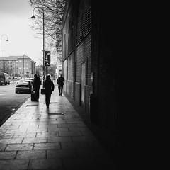 Dark Side of the Street (Wayne Goodman - WWW.WAYNE-GOODMAN.CO.UK) Tags: street streetphotography streetphotos streetscenes streetscene leica leicam leicam240 m240 typ240 manchester manchesterstreet manchesterphotography manchesterphotos manchesterstreetphotography manchestercitycentre piccadilly