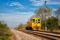 Starting the Day Right (Wheelnrail) Tags: csx csxt indiana sub madison railroad signal semaphore north vernon in freight ge baldwin locomotive cpl town diamond bo mainline train