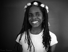 F5159  ~ The Queen of Spring (Teresa Teixeira) Tags: portrait queen teresateixeira bw