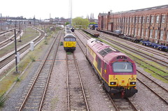 67030, 56105, 56113, 56087 & 56078 at Doncaster (stephen.lewins (1,000 000 UP !)) Tags: colasrail ews class56 class67 67030 56087 56078 56115 56105 doncaster railways