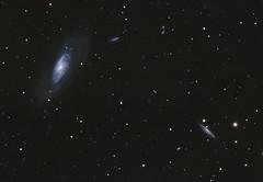 Messier 106 (DeepSkyDave) Tags: astrophotography astrofotografie astronomy astronomie night sky nacht himmel stars sterne deepsky cosmos kosmos natur nature long exposure langzeitbelichtung low light wenig licht canon eos 6d astrodon mod bright colors messier 106 galaxy