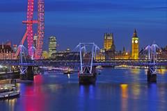 Tieni duro Londra / Hold on London (Westminster from Waterloo Bridge, London, United Kingdom) (AndreaPucci) Tags: london uk westminster londoneye thames night holdon andreapucci canoneos60 waterloobridge