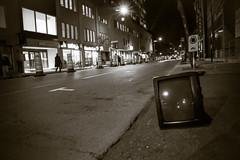 IMG_6013 (Galeria Adriana Araujo) Tags: montreal downtown canada streetscenes tv obsolete