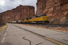 Triclops in the Canyon (ajketh) Tags: up union southern pacific emd sd60m triclops sd70m threewindow canyon red rock arches national park potash local freight train railroad 2272 onceaweek sunday turn moab grand junction ut utah co colorado intrepid
