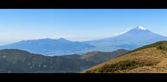 (MichaWha) Tags: ashigarashimogun kanagawaken japon japan michaelflocco canoneos6d 70200mmf4lusm panorama landscape fuji fujisan mtfuji mountains volcano