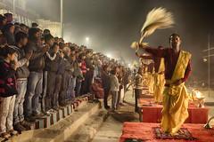 Puja Prayers (Feca Luca) Tags: street reportage hindu ritual religion religione night notturno people asia nikon india varanasi life