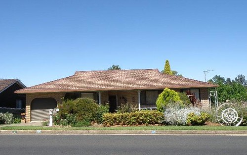 7 Back Creek Road, Young NSW
