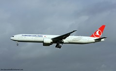 VT-JEP B777-35RER c/n 35158 THY Turkish Airlines (EGLL) 17/10/2014 (Ken Lipscombe <> Photography) Tags: cn airlines turkish thy egll 35158 b77735rer heathrowairportlondon vtjep 17102014