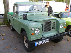 Land Rover 109 SIII Pick-Up (Zappadong) Tags: auto classic car automobile hamburg pickup rover voiture coche classics land oldtimer oldie carshow 109 2014 youngtimer automobil siii oldtimertreffen oldtimertankstelle zappadong