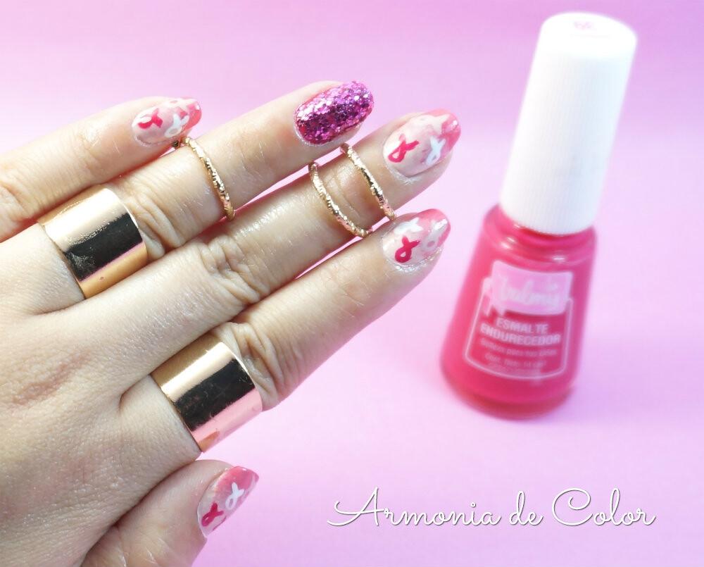 diseño de uñas octubre rosa 4
