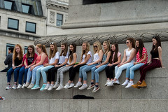 The Girls are in Town (Jamoor) Tags: girls portrait london smile fun streetphotography trafalgarsquare jamoor stphotographia nikon70200mm28g nikond4s
