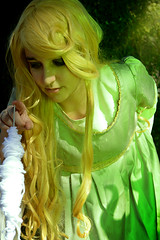 The Sleeping Beauty (Juliet García Photography) Tags: sleeping shadow green beauty fairytale de la cuento sombra wig blonde bella durmiente hadas maleficent malefica