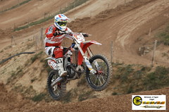 mxdcpom564 (reportfab) Tags: girls test speed fun teams jump track niceshot shot photos sunday tracks event moto curve motocross marche drivers paddock niceday bigevent agonism mxdc pistedellemarche motocrossdeicomuni