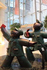 (A Sutanto) Tags: china sculpture art asia place hong kong kowloon mongkok langham