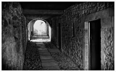 Broadgates (wayman2011) Tags: bw town oldbuildings fujifilm cobbles alleys backlanes countydurham teesdale barnardcastle footpaths fujifilmx100