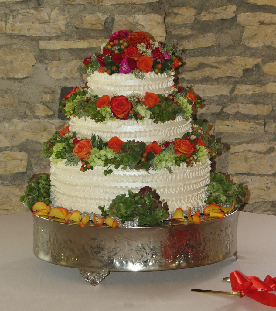 decorate wedding cake with fresh flowers the world s best photos of weddingcakedesigns flickr 13390