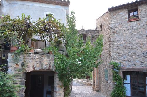 Castelnou, village médiéval.6