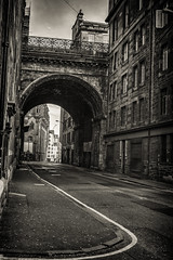 Cowgate, Edinburgh (Colin Myers Photography) Tags: street old bridge scotland cow town george high gate edinburgh scottish oldtown iv cowgate georgeivbridge oldedinburgh edinburgholdtown cowgateedinburgh