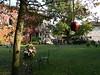 nochmal in Strassoldo - für Annette! (AnnAbulf) Tags: herbst blumen fiori schloss albero autunno castello sedia baum apfel fvg stuhl castelli mela schlösser decorazioni deko dekoration fjv friuliveneziagiulia schlos cervignano strassoldo friauljulischvenetien cervignanodelfriuli dekos schlosburg strassolt strassoldodicervignano bassofriuli inautunnofruttiacquecastelli