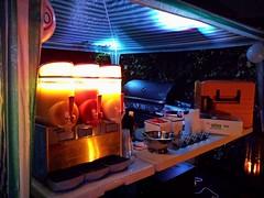 """#Burger #Grill #BBQ und #Frozzen #Cocktails in #Köln Publiziert 25. Oktober 2014 Burger Grill BBQ und Frozzen Cocktails. Frisch gegrillte Burger,  dazu Magarita, Daiquiri und Limes zum selber Zapfen  Slush Frozzen Granitor zur Herstellung von Magarita und • <a style=""""font-size:0.8em;"""" href=""""http://www.flickr.com/photos/69233503@N08/15622327861/"""" target=""""_blank"""">View on Flickr</a>"""