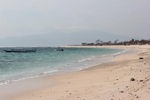 Lakey Beach ~ Pantai Hu'u