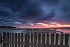 Abenddämmerung (jaocana76) Tags: atardecer sunset canon1635 canoneos7d jaocana76 tarifa strog campodegibraltar cádiz playadeloslances balneario nubes clouds nuboso cloudy playa beach sol sun estrechodegibraltar straitsofgibraltar