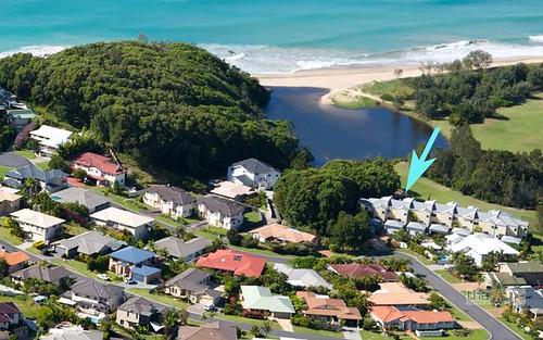 2/10-14 Daintree Drive, Korora NSW