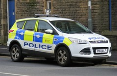 5366 - Lancs Police - PO14 LLF - 066 (Call the Cops 999) Tags: uk gb united kingdom great britain england north west lancashire police constabulary law enforcement policing saturday 1 april 2017 burnley football match battenburg led lightbar ford kuga po14 llf 999 112 emergency service services vehicle vehicles 101 4x4