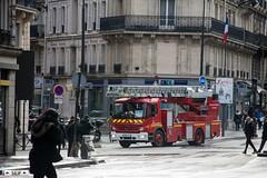 Mercedes-Benz Atego 1325 Paris France 2017 (seifracing) Tags: mercedesbenz atego 1325 paris france 2017 seifracing pompiers caserne sapeurs de fire brigade europe urgence camion echelle trucks ladder voiture