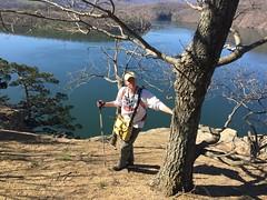 Scott, at Hawn's Overlook (Pete&NoeWoods) Tags: f16sch02 huntingdoncounty hawnsoverlookbarren shalebarren scottschuette staff staffdoingfieldwork