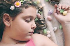 Pascua: Creer (Veronka&cia) Tags: niña pascua huevos