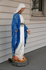 2178 the virgin known as Mary (Violentz) Tags: virginmary thevirginknownasmary mary virgin mother holymother blessedmother blessed hailmary handmaidenofthelord statue lawnstatue madonna holy icon god bible stjoseph babyjesus jesus ourlady ourladyofgrace ourladyofguadalupe ourladyoflourdes ourladyoffatima miriammotherofisa motherofgod bethlehem israelite jew nazareth galilee christianity catholic religion thetheotokos heymarywatchagonnanamethatprettylittlebaby